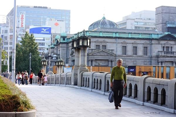 Япония планирует повысить пенсионный возраст до 71 года