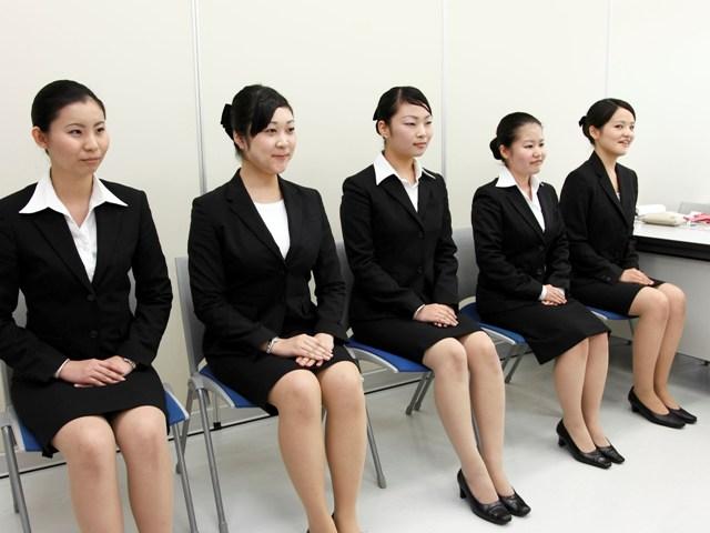 Рекордные 98% выпускников университетов в Японии поступили на работу в апреле 2018