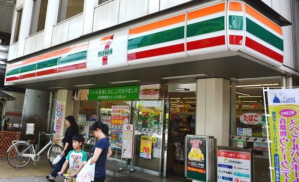 В Японии более 40 000 иностранцев работают в круглосуточных магазинах