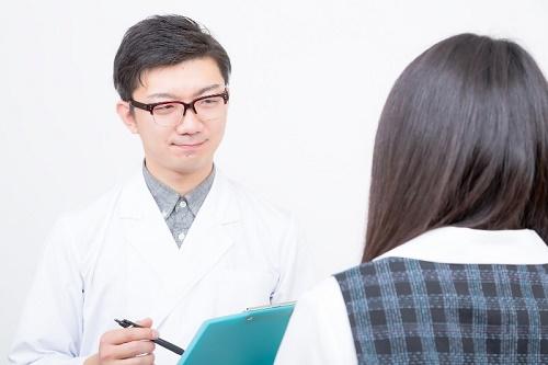 Ограничения в медицинском страховании для иностранных иждивенцев в Японии